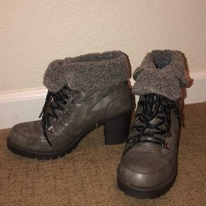 Like new ankle combat heeled boots